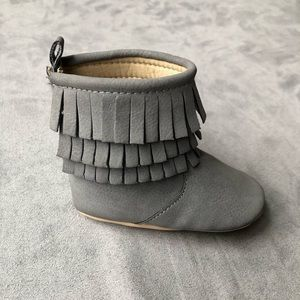 Grey fringe boots